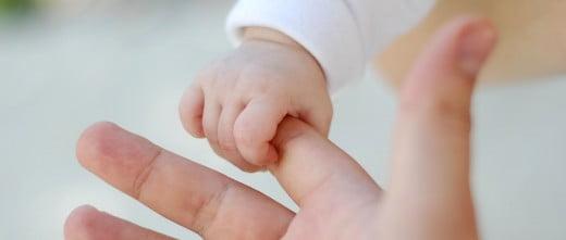 Avoir un enfant grâce à l'adoption d'embryons