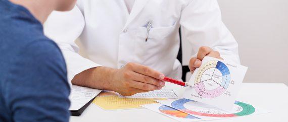 Le transfert embryonnaire peut être réalisé en cycle articiel ou en cycle naturel